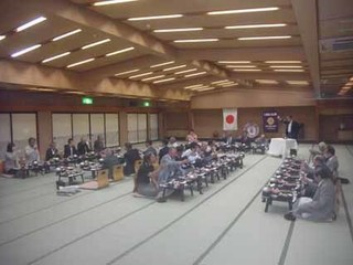 b�Bウィ・サーブ:前会長L長坂和幸.jpg