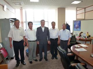 市長表敬訪問P1000083.jpg