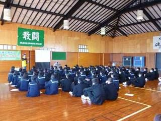 blog_P1010531講師による講演.jpg